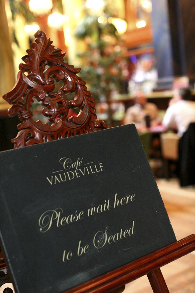 Cafe Vaudeville 003