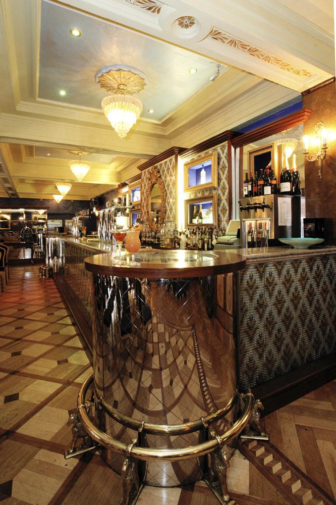 Cafe Vaudeville 006