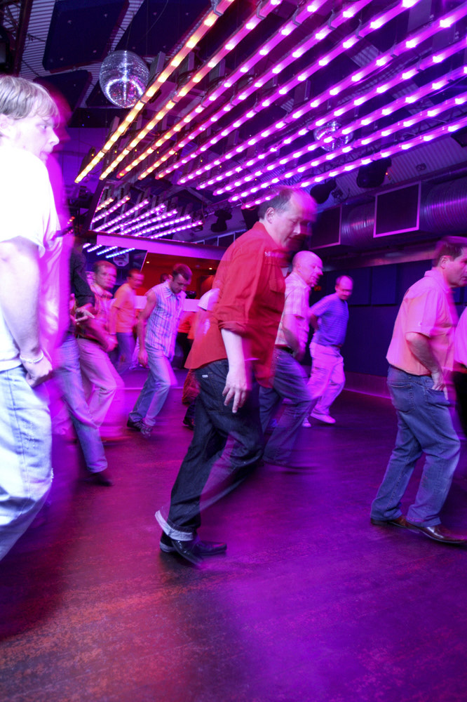 Lines and Bears Gay Line Dancing 006