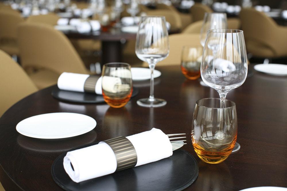 Restaurant 001